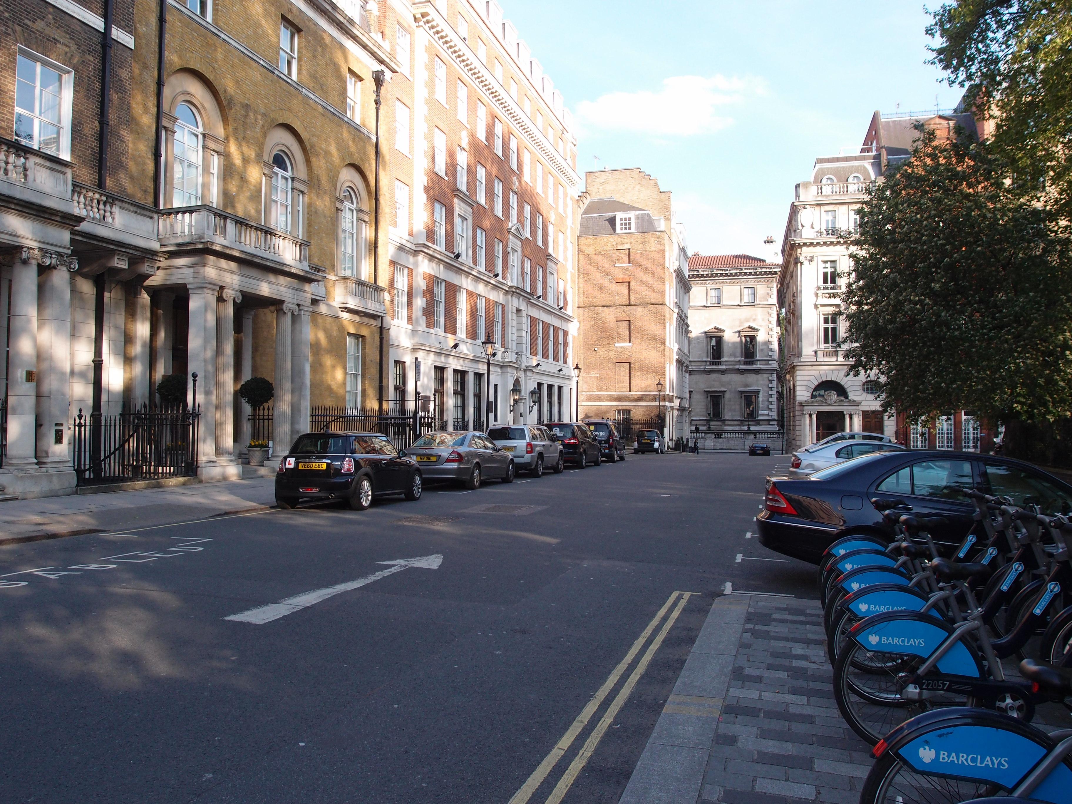意外なことにロンドンは、感覚的には東京と似ているところが多かった