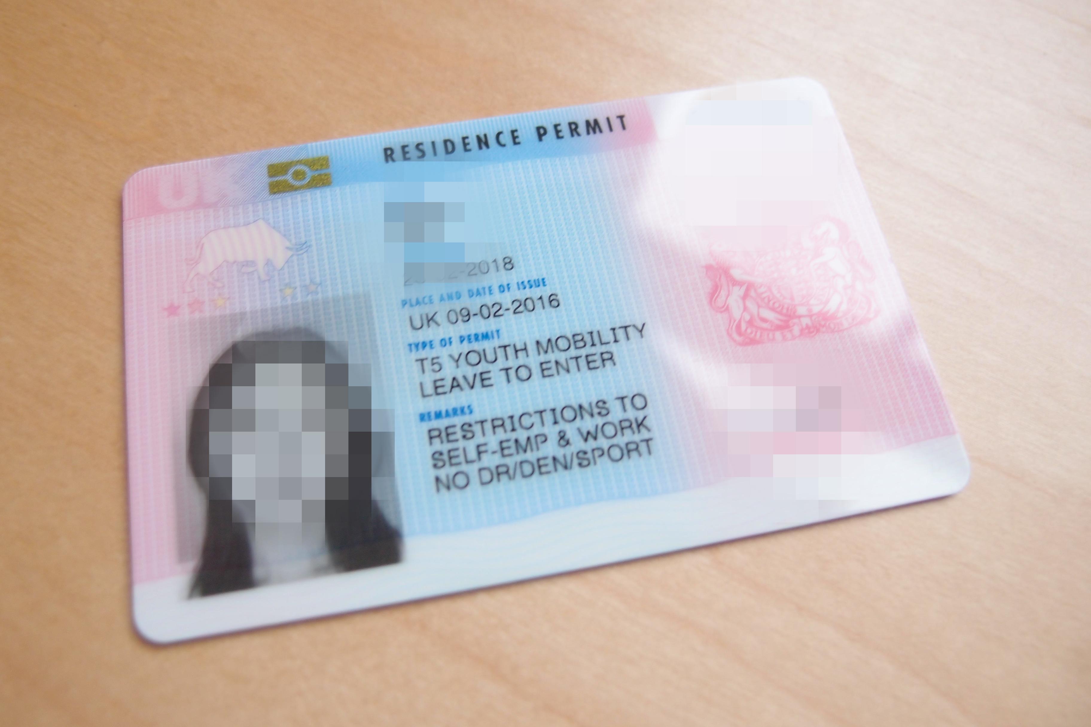 BRP( biometric residence permit)を受け取りに行きました!