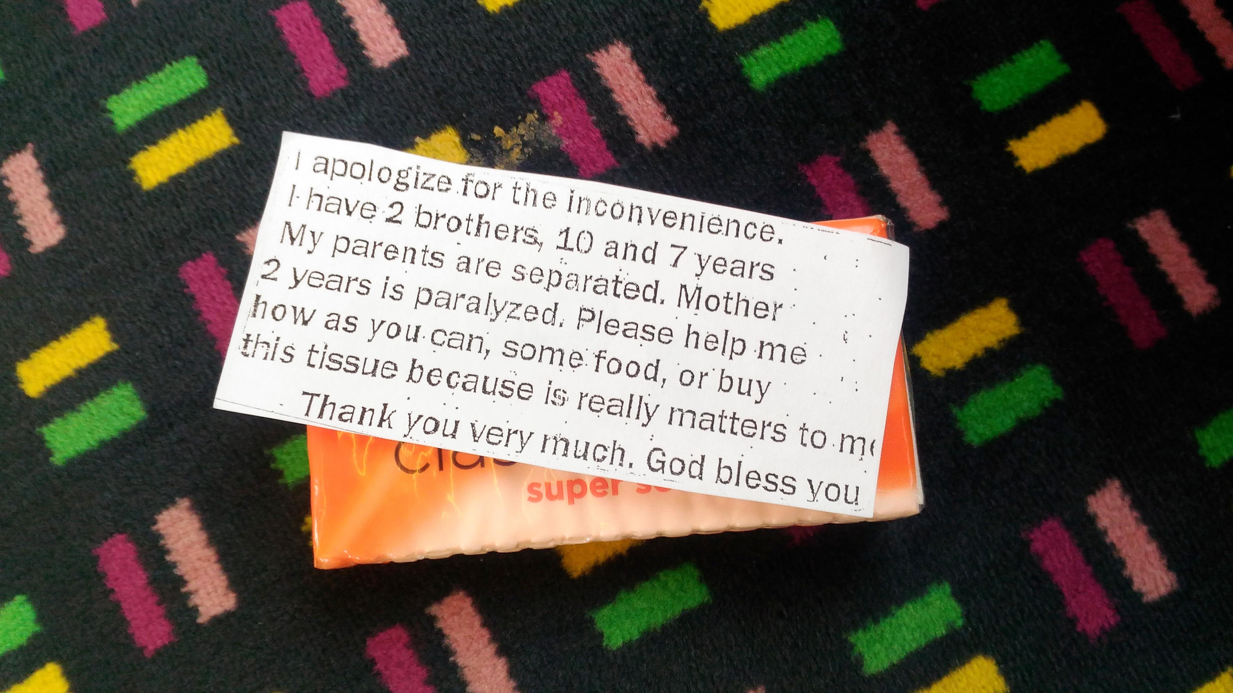 うわさに聞いていた、ロンドンの電車に出没するあの人たちに遭遇しました。
