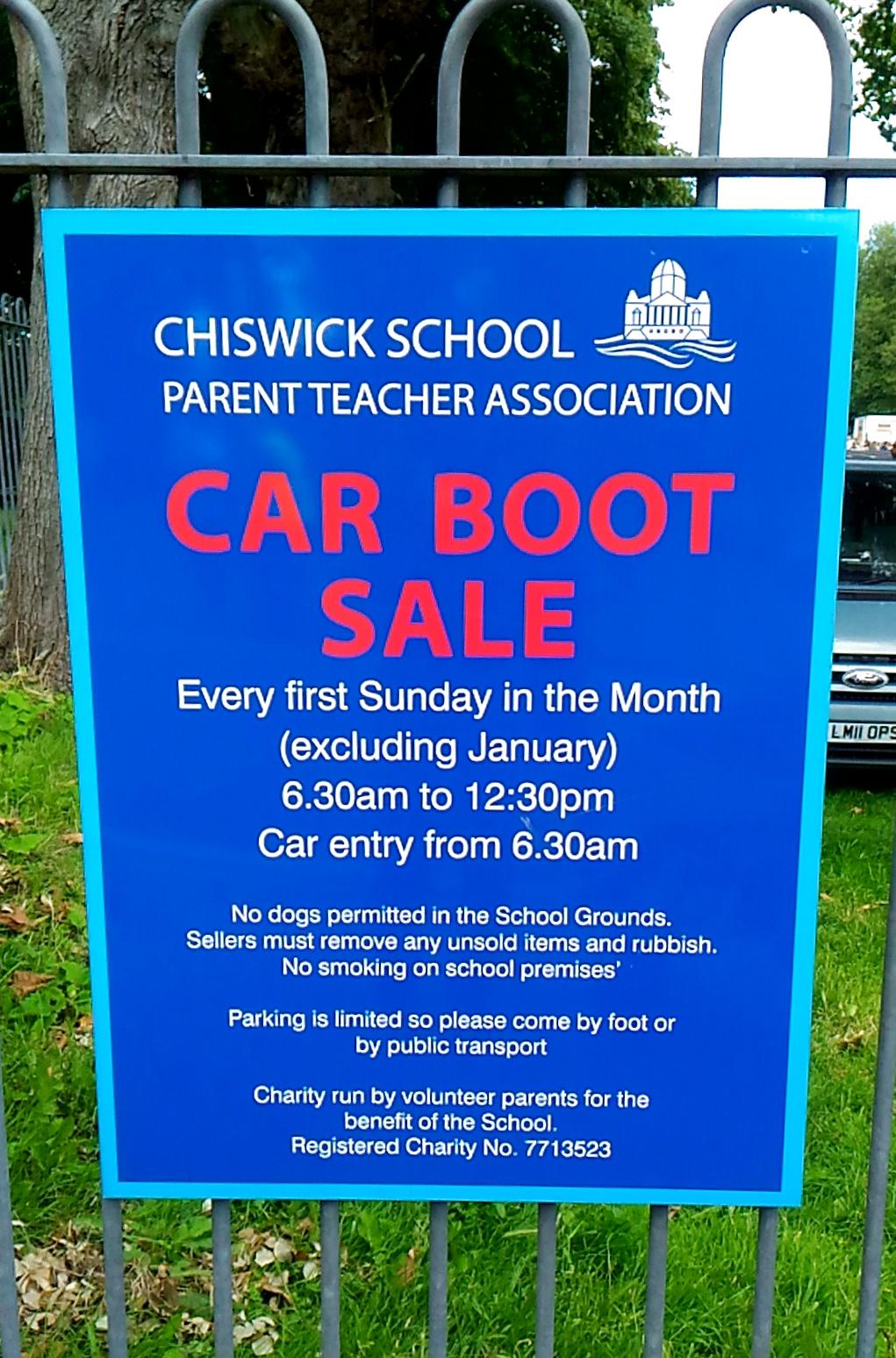 週末はカーブーツセール巡り。今度は Chiswick Car Boot Sale に行ってきました!