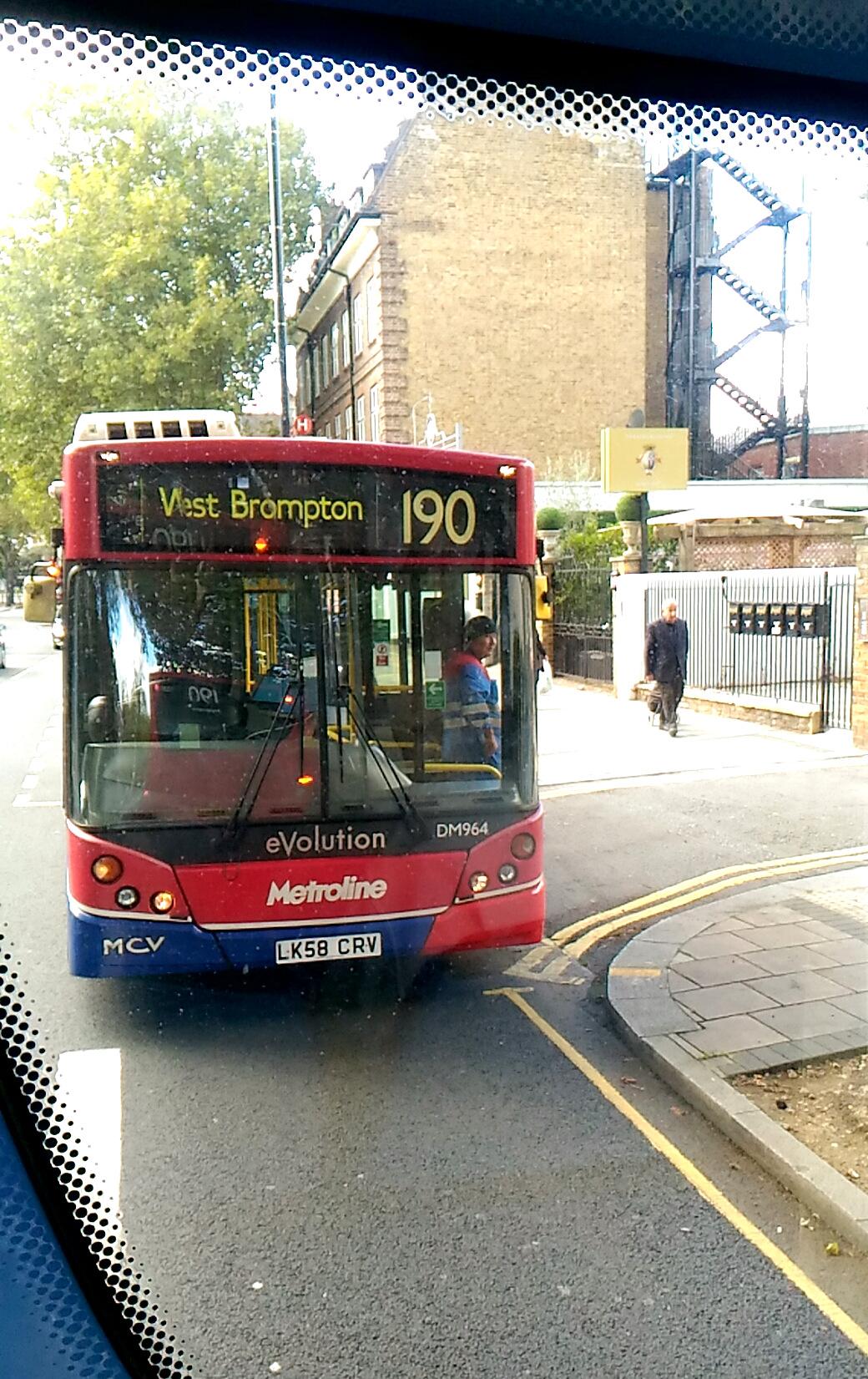 ロンドンバスのハプニング集ー私がバスに乗っていて遭遇した、珍事件など