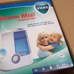 VICKSの加湿器を買いました。風邪予防と肌の保湿のために、乾燥のひどいイギリスでは必需品かもしれない