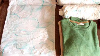 圧縮袋の上手な使い方。この方法を使えば、もっと簡単・コンパクトに服を圧縮できるかも!?